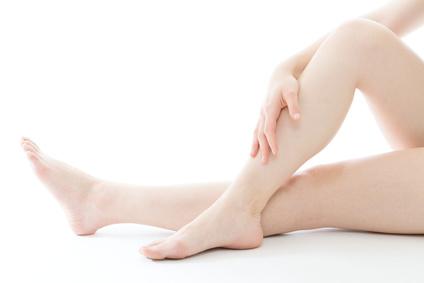 間違った脚のムダ毛処理は肌荒れを引き起こす!?